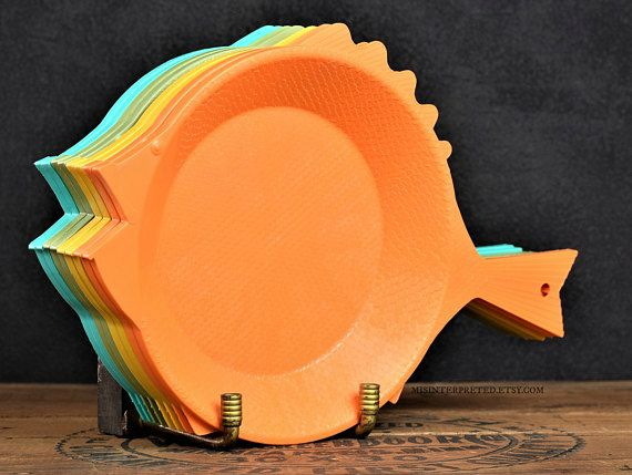 Set of 8 Plastic Fish Plates Paper Plate Holders Vintage Regaline Kitchenware Multi Color Serving Trays Kitsch Retro Kitchen Decor #C365 | Fish plate and ... & Set of 8 Plastic Fish Plates Paper Plate Holders Vintage Regaline ...