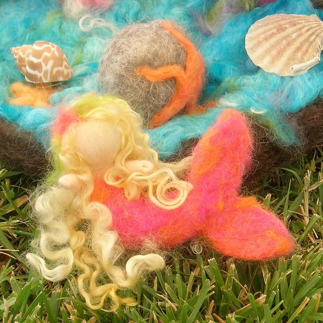 needle felted mermaid playset mini waldorf inspired by rebecca varon 4   Flickr - Photo Sharing!