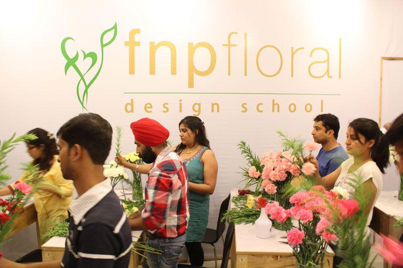 Fnp Floral Design School Leading Florist Training Institute In