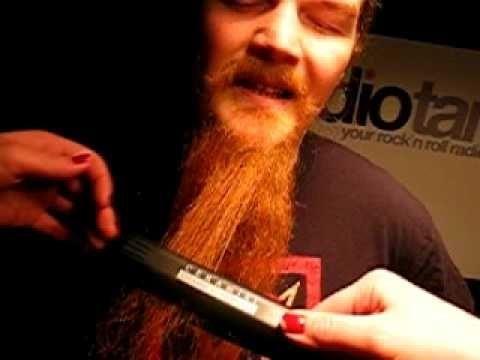 Straighten Beard With Straightening Iron