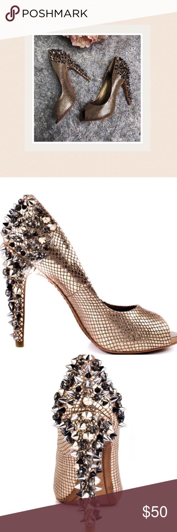 50136c971008 Sam Edelman Larissa Spiked Peep Toe Pump Excellent Used Condition Sam  Edelman Shoes Heels