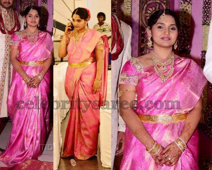 6c58d426a1503 Subhashini Light Weight Silk Saree