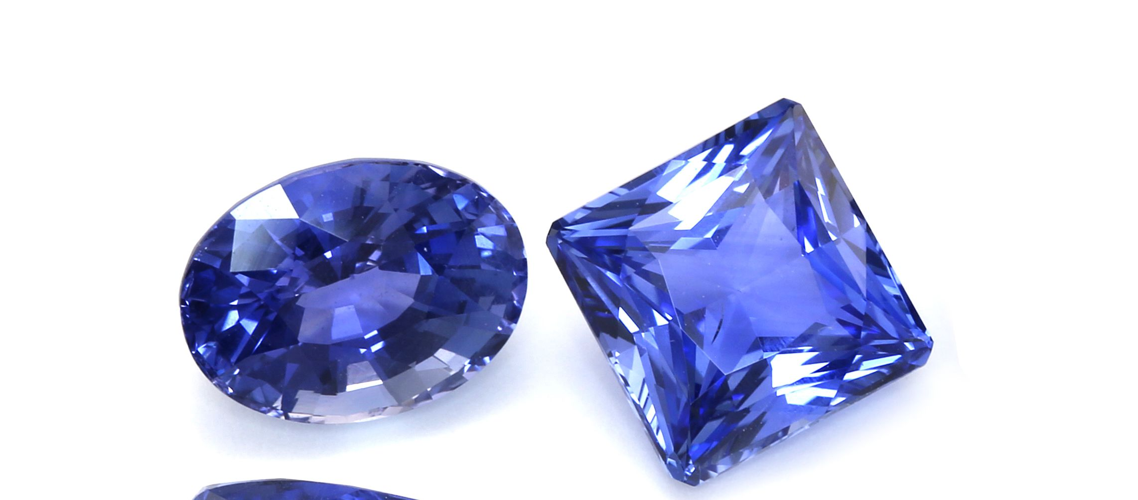 Blue Sapphires A Guide On Judging Quality In Blue Sapphires September Birthstone Blue Sapphire Birthstones