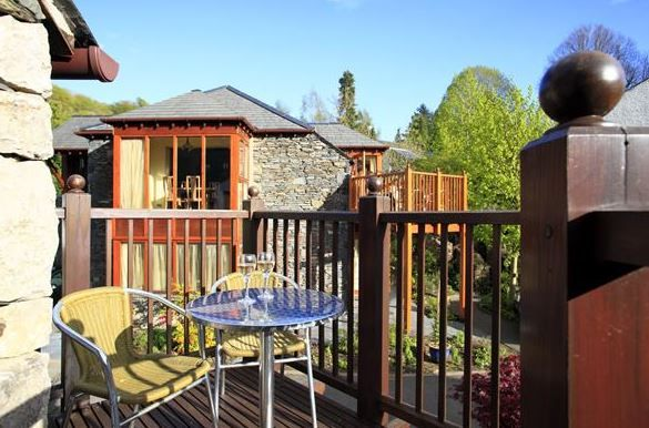 Burnside Cottages and Apartments, Windermere, Cumbria, Lake District. England. Holiday. Travel. #AroundAboutBritain. Day Out. Explore UK. Staycation. Family Holiday. Break. Relax. Adventure.