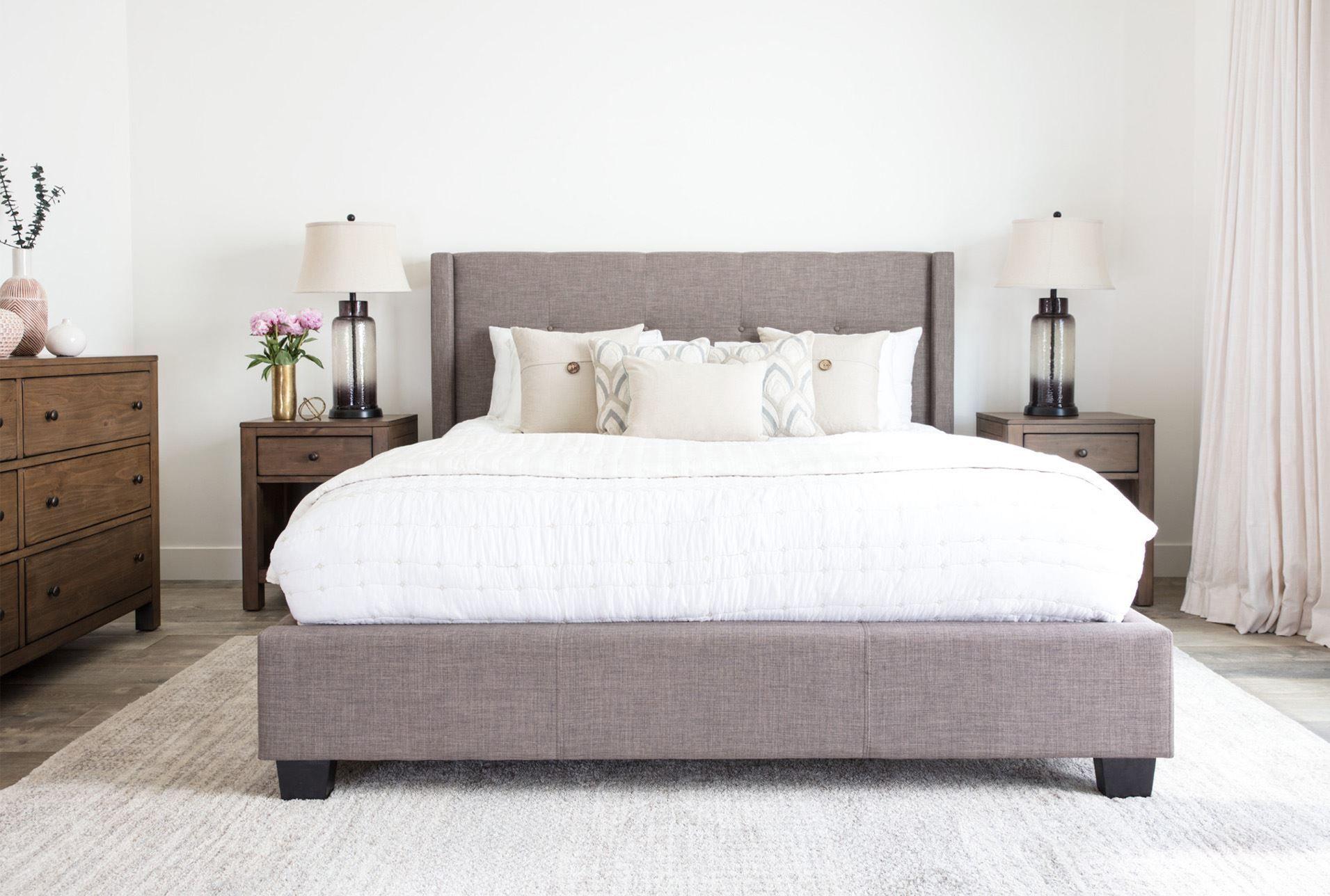 California King Upholstered Platform Bed W/Storage, Damon II, Grey ...