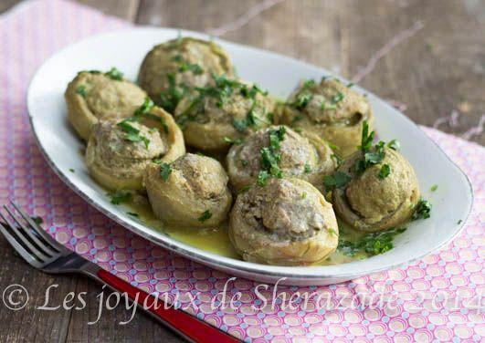 Des artichauts farcis ou dolma karnoun comme on les appelle en Algérie. Le dolma est très répandu en Algérie mais pas que, on la trouvera en Arménie, en Az