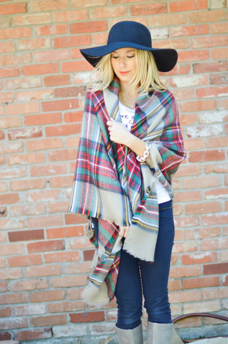 Ways to Wear The Blanket Scarf & Video (With images