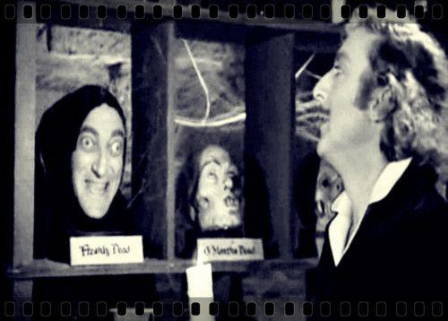 """""""El Jovencito Frankenstein"""" 1974 Dirigida por Mel Brooks   Un momento LOL en el laboratorio.XD"""