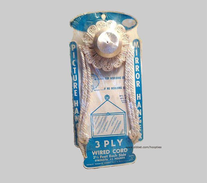 Antique Picture Hanger or Mirror Hanger by Hoopties, $14.00 USD www.zibbet.com/Hoopties #vintage #zibbet #vintagefindhour