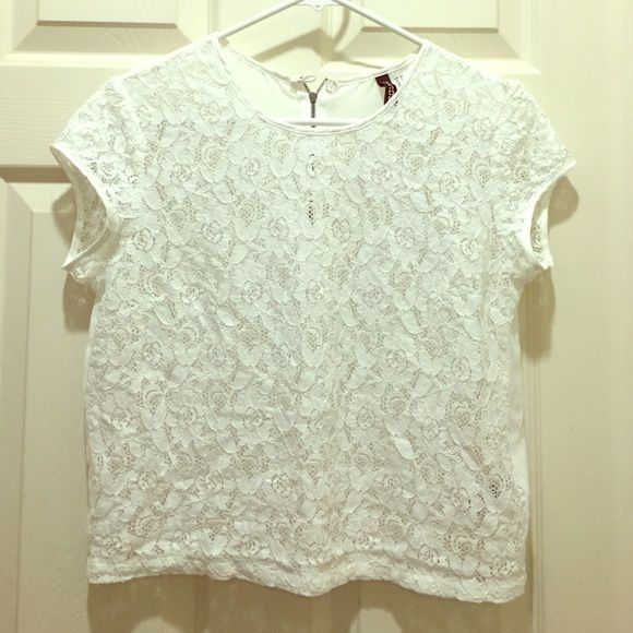 Lace White Top Short sleeve lace white shirt from H&M. Pair with some denim shorts and sandals for a cute summer outfit!                                                          bundled discounts!                                              fast shipping H&M Tops