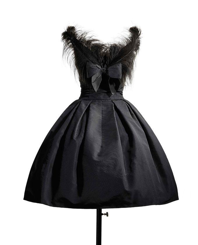 710107b40cc Robe Cygne noir - Christian Dior 1957