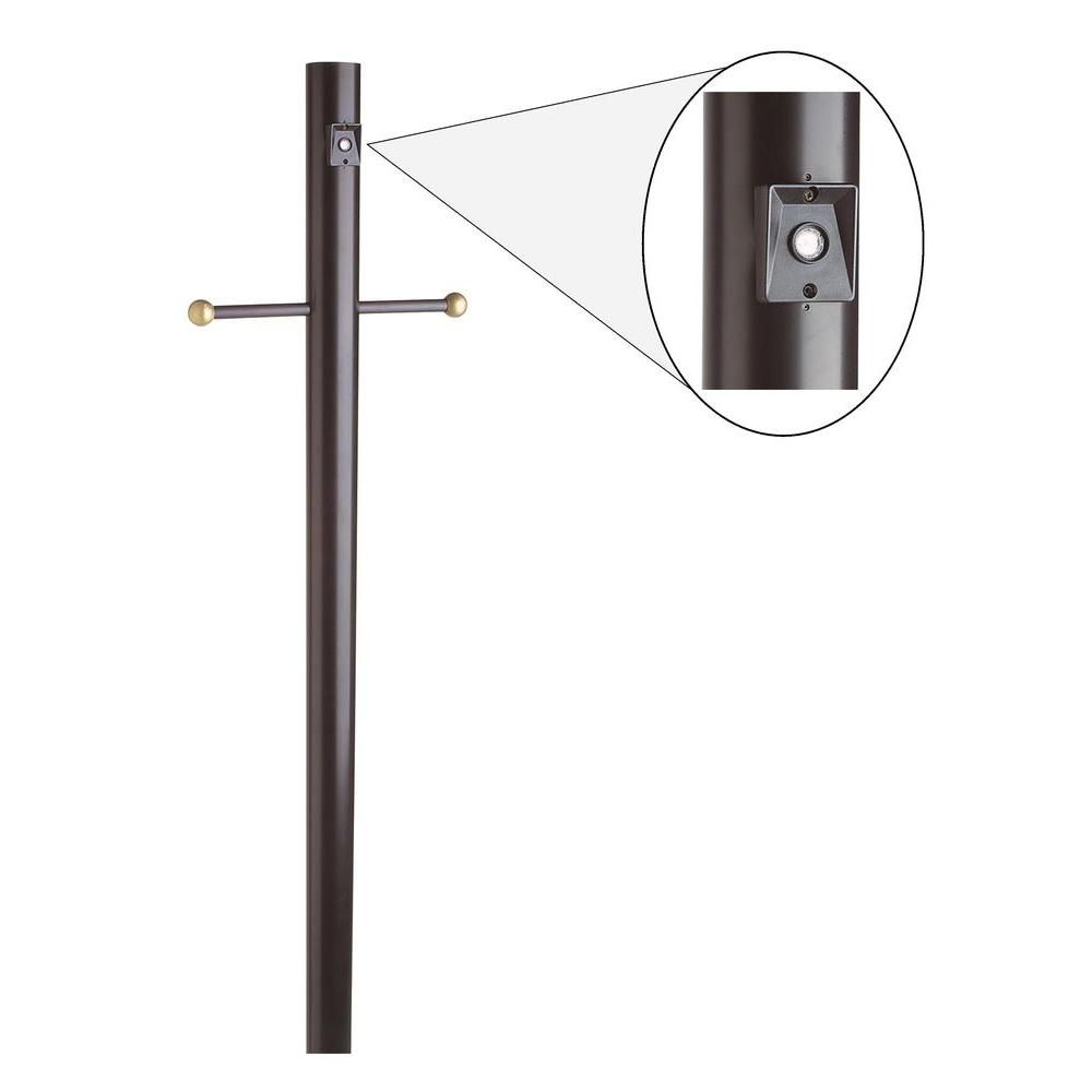 Design House 6 2 3 Ft Black Lamp Post With Cross Arm And Photo Eye 502047 Black Lamps Post Lighting Outdoor Post Lights