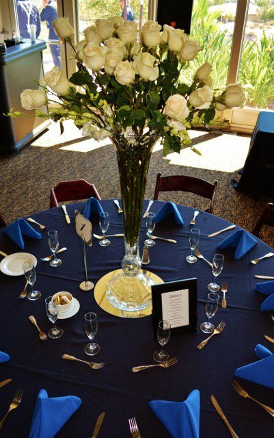 Black white and blue wedding table setting & Black white and blue wedding table setting | Weddings | Pinterest ...