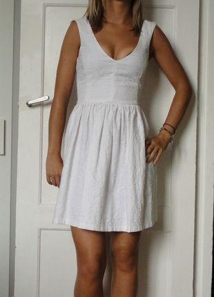 3c23115b00ab3 Zara · Robe Blanche · A vendre sur  vintedfrance ! http   www.vinted.fr