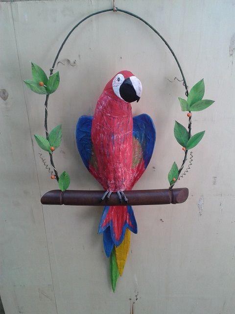 Parrot paper mache