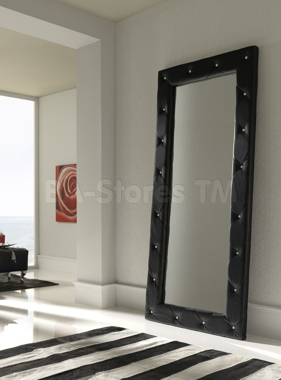 Love the mirror and the light grey color