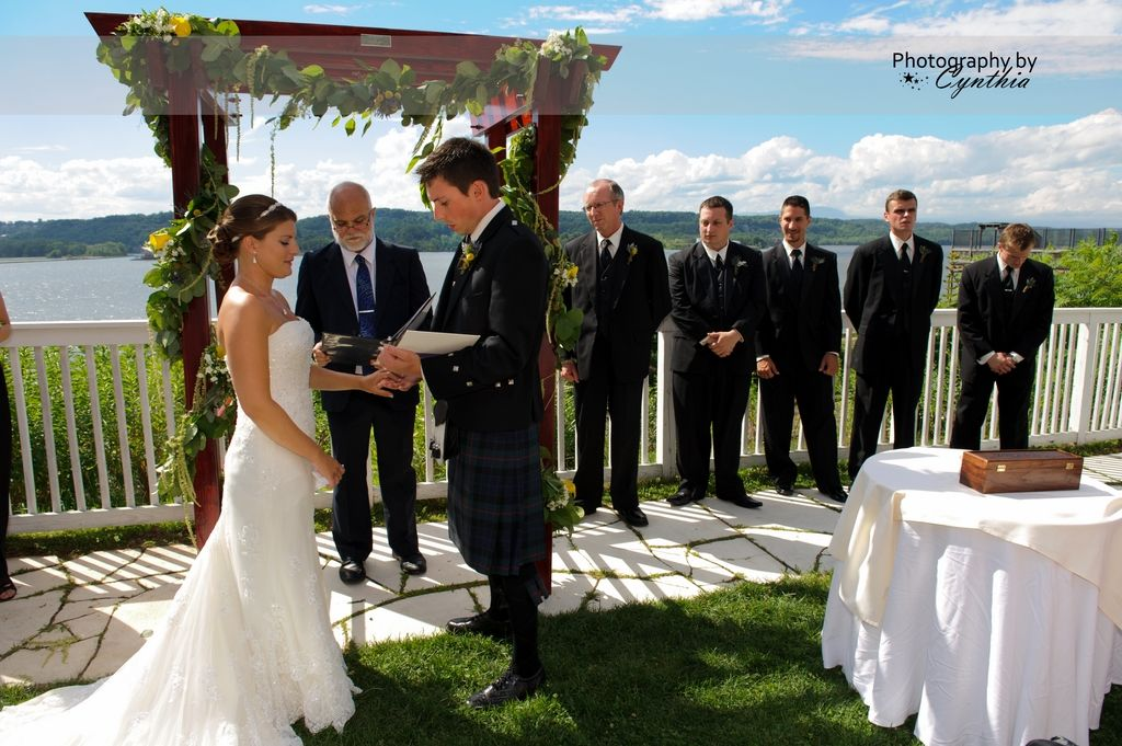 Hudson Valley Wedding The Rhinecliff Hotel Music And Sound Reinforcement By Dj Domenic
