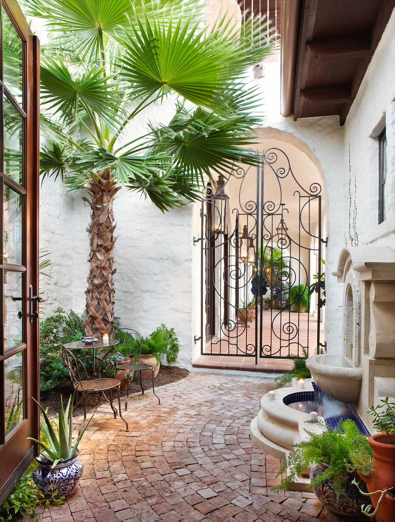 important factors to consider before choosing gates for your home