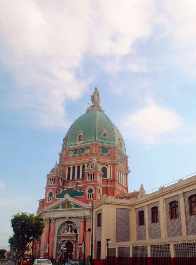 Cúpula de la Parroquia Corazón de María en Magdalena del Mar - Lima, Perú