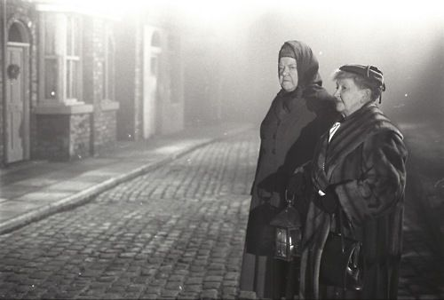 Coronation Street Blog: A very Corrie Christmas - 1960s style  Ena and Minnie