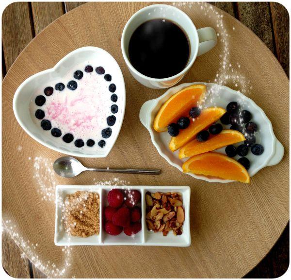Bring your breakfast outside (Linda Stuhaug)