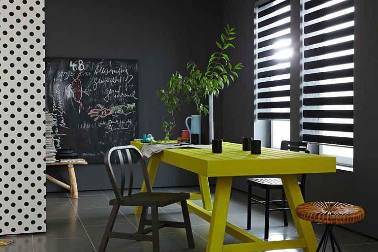 black, white and yellow Yellow Pinterest Dunkle wandfarbe - ideen für schlafzimmer streichen