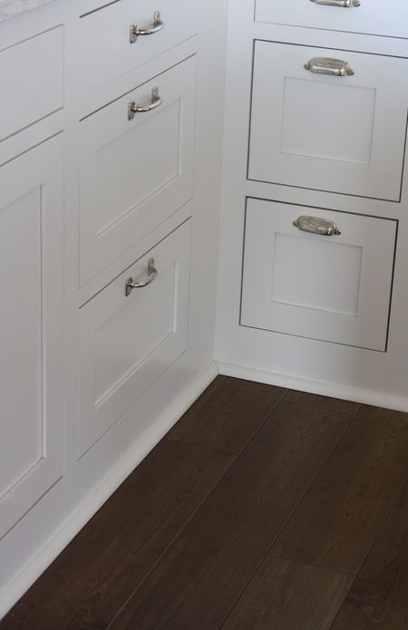 Elegant Base Cabinets without toe Kick
