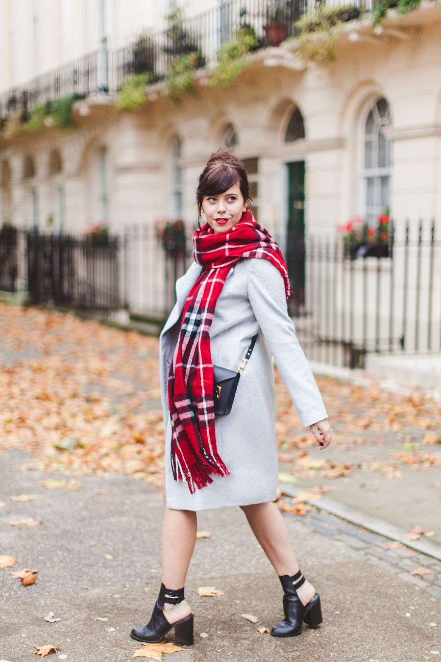 #notightsclub It's November, and I'm not wearing any tights. Can I get a hallelujah?! It's crazy, just a few days before this I saw a girl in bare feet and Birkenstocks – I'm not sure what the weather is playing at, but I'm not complaining. I'm sure we won't be this lucky for too long…...