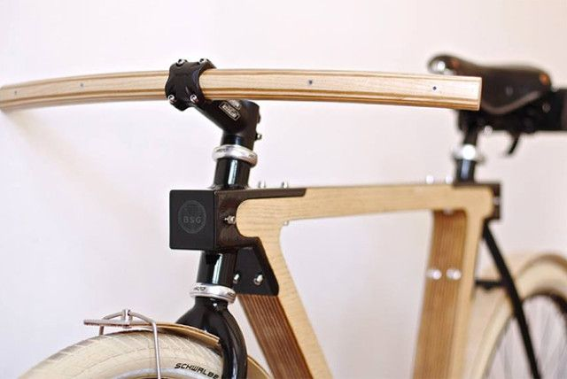 The Wood Bike | The WOOD.b is a collaboration between BSG bike , created by designers Thie...