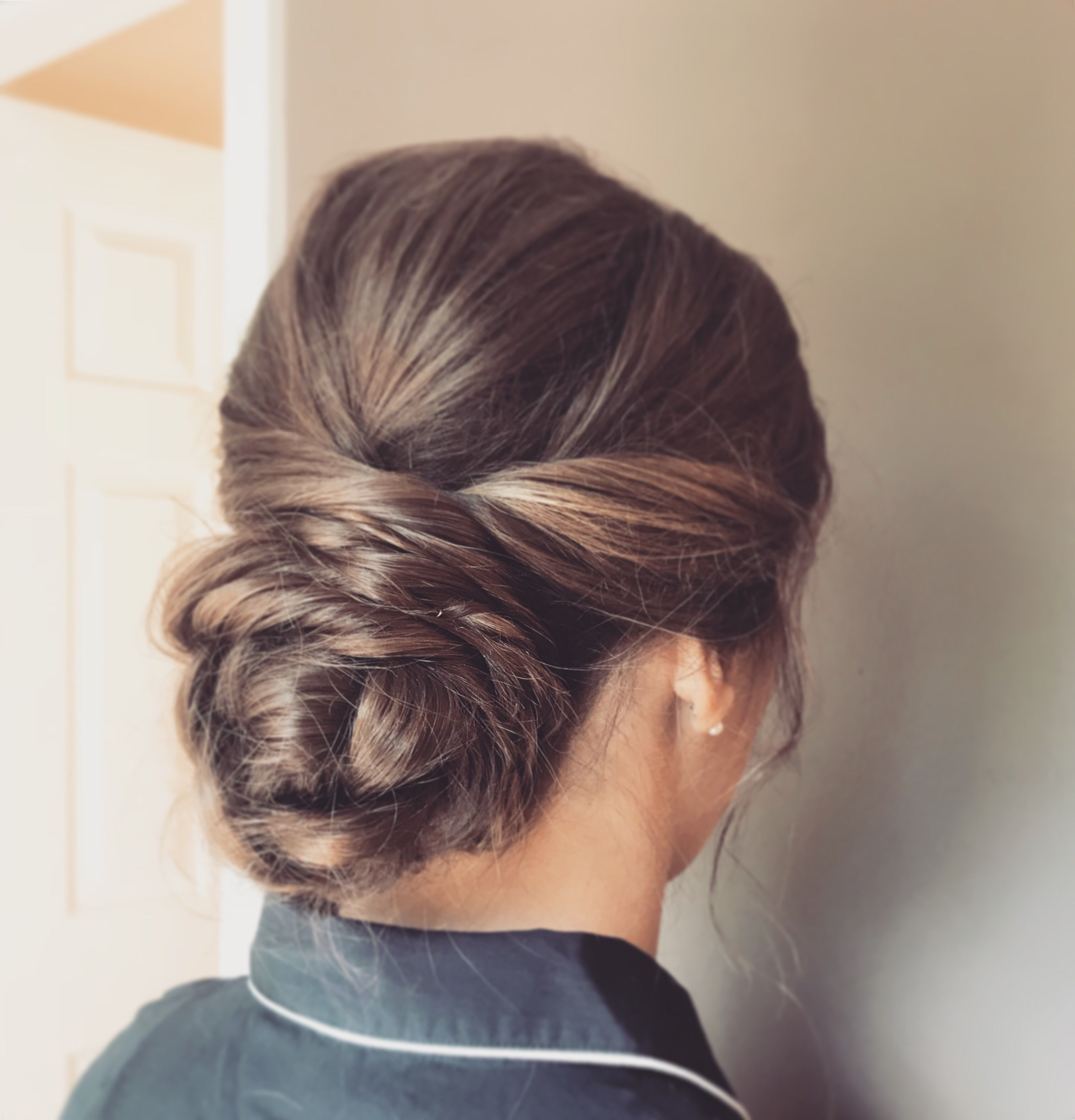 Traveler Beauty Company Bridesmaid Bun Sweet 16 Hairstyles Bridesmaid Updo