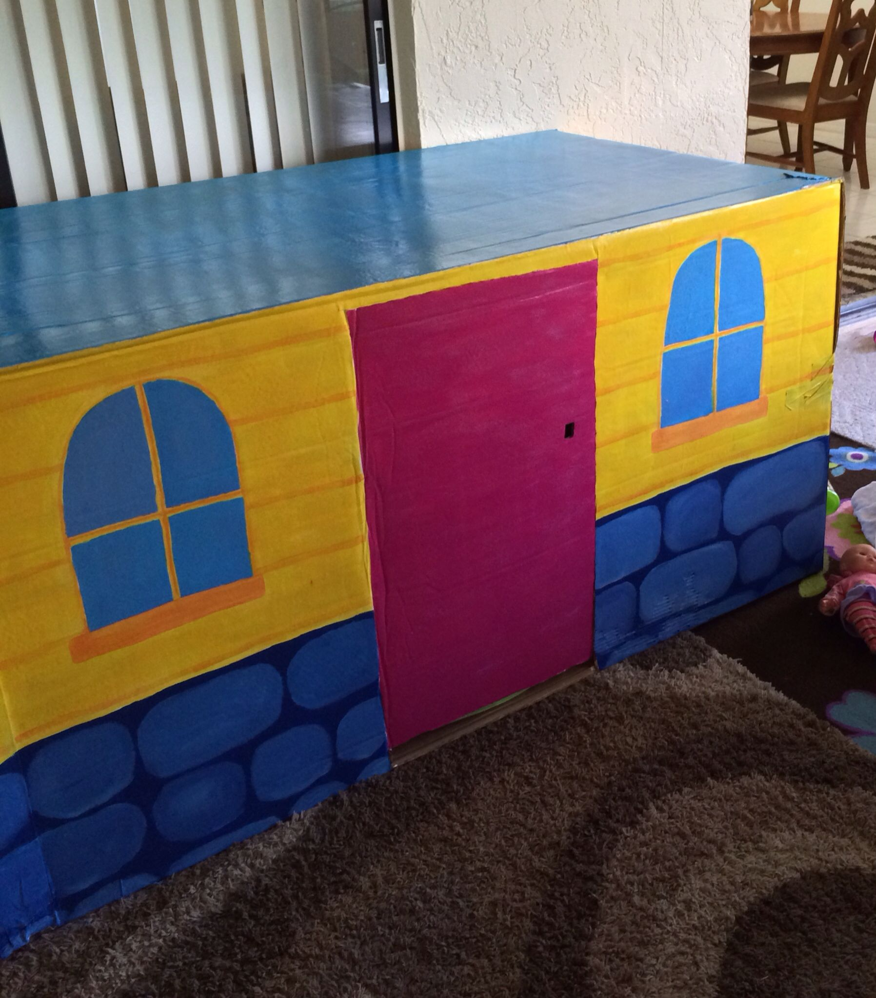 Doc Mcstuffins Playhouse Clinic Made Out Of A Refrigerator Box And Acrylic Paint It S A Big Hit With The Kids They Ve Been Doing A Lot Of Check Ups