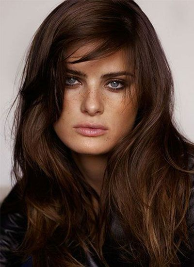 un balayage sur des cheveux chocolat coloration chocolat cheveux beaut pinterest. Black Bedroom Furniture Sets. Home Design Ideas