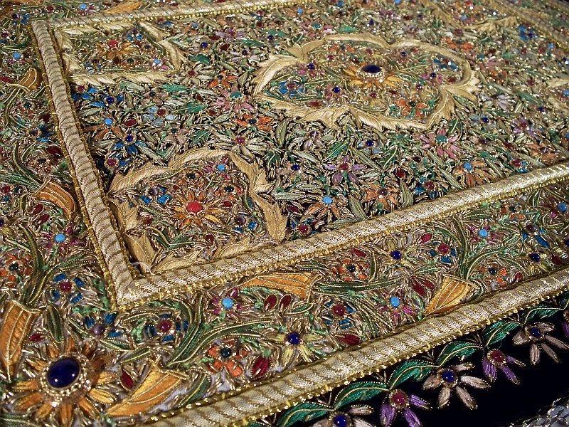Rugged Wearhouse Handmade Kashmir Zardozi Royal Jewel Carpet Rug