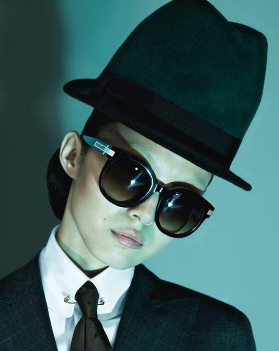 f2b810595c Sneak Peek! DSQUARED2: Una dama oriental | Fashion Campaigns ...