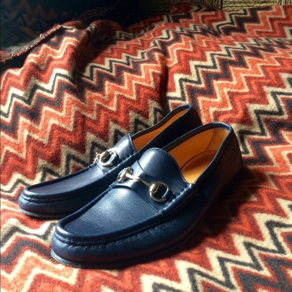d8b4225baa9 Men s Gucci Horsebit loafer Black Friday sale This Gucci Horsebit loafer in dark  navy blue with gold hardware is a classic for anyone s closetit is a 7 1 2  ...