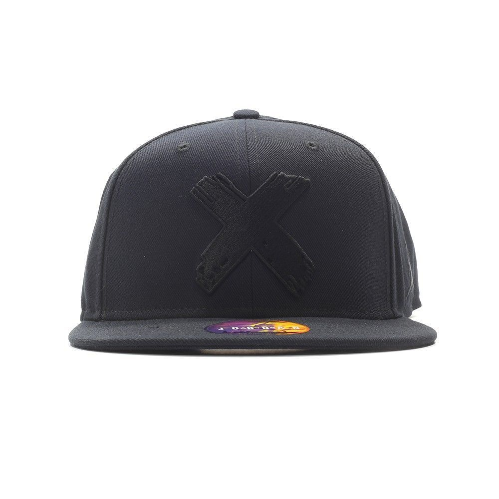 bd1ccb381d0 ... uk nike air jordan 1 banned snapback cap hat 865916 011 nwt limited  black fitted 3a3dd