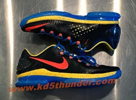 Nike Zoom KD V 5 Ps Elite Thunder Away  9c79ad849