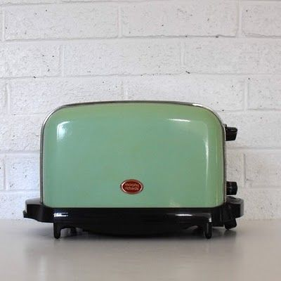 The Perfect Vintage Toaster From Solsticehome The