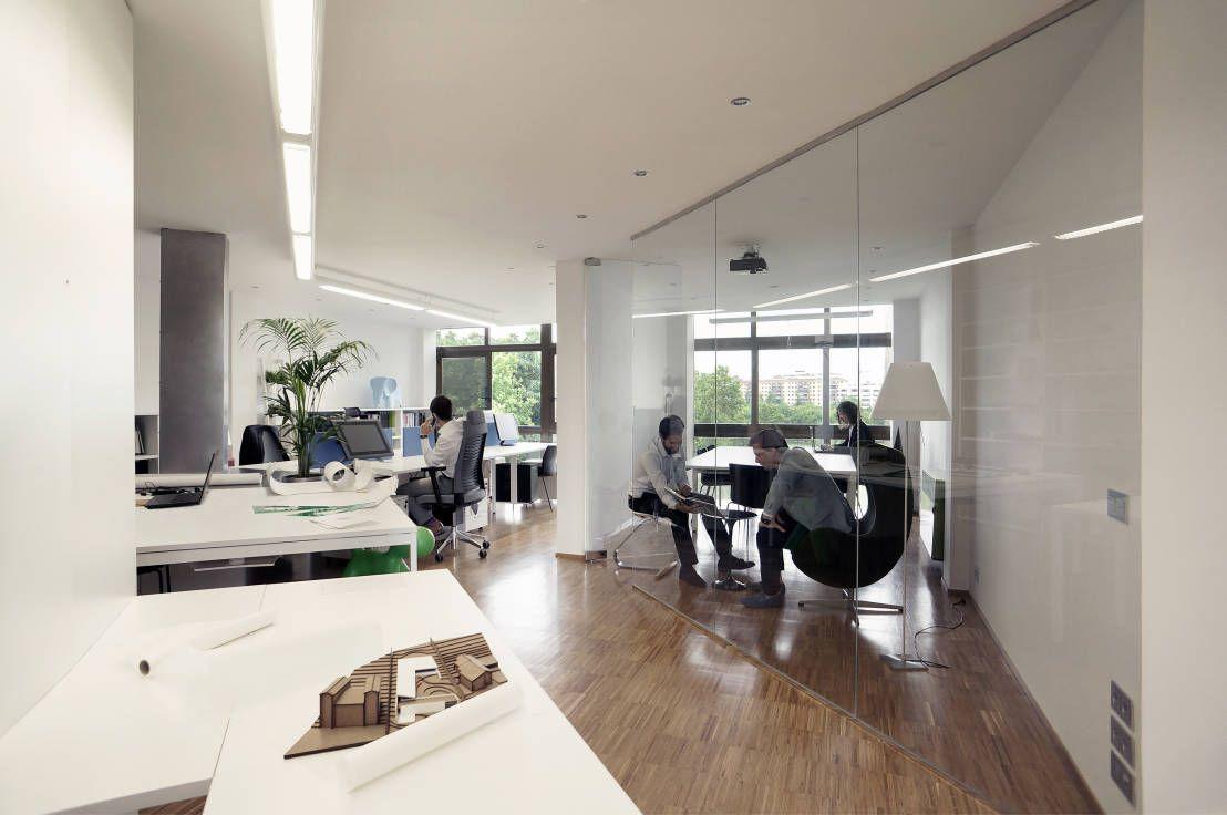 Oficina de arquitectura y diseño de MLMR Architecture Consultancy ...