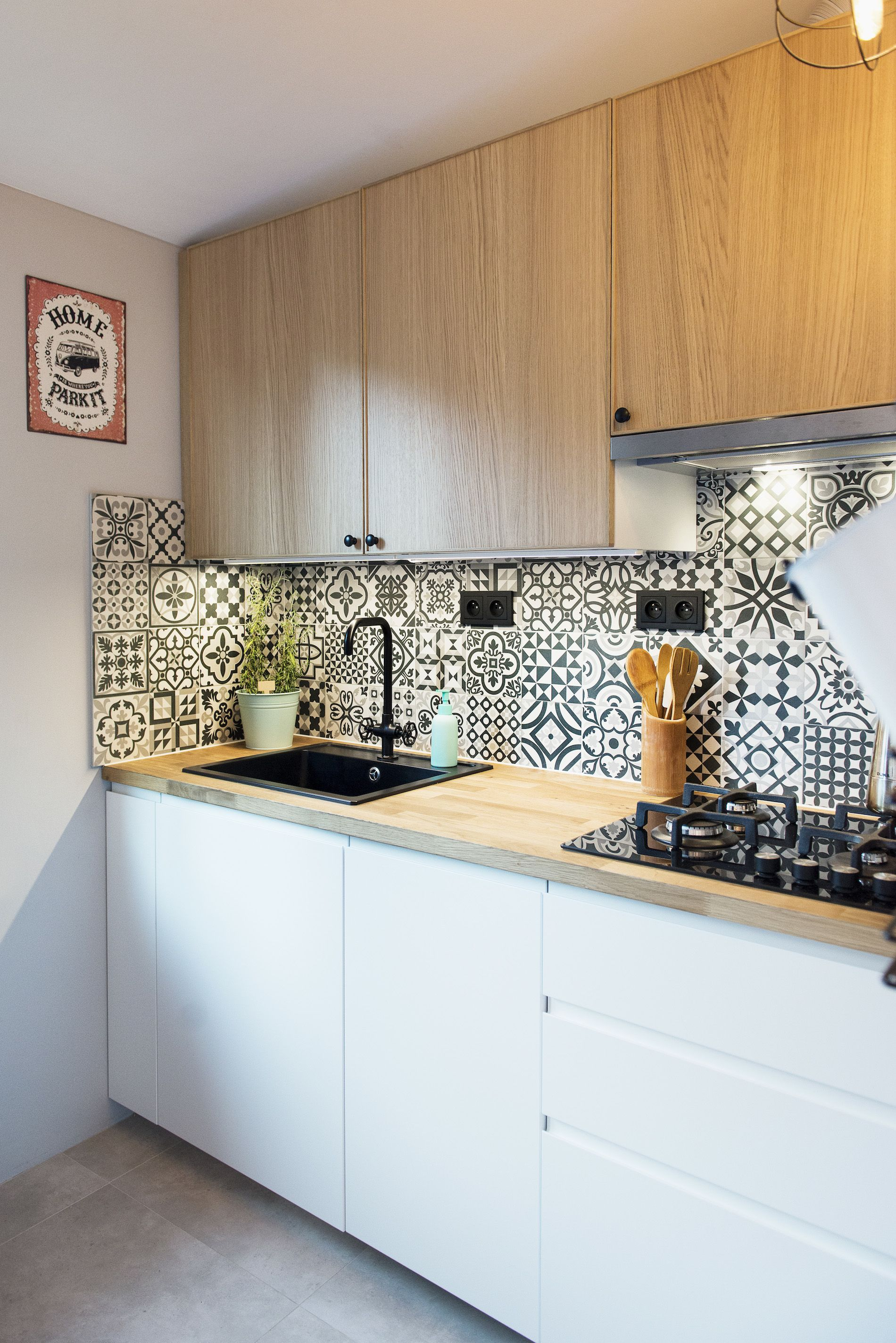 Charming and ecclectic microkitchen. Two collections of
