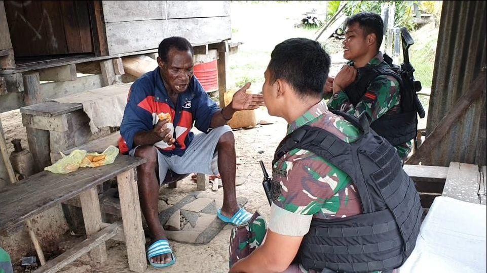 Tingkatkan Keamanan Tni Anjangsana Perkampungan Dipapua