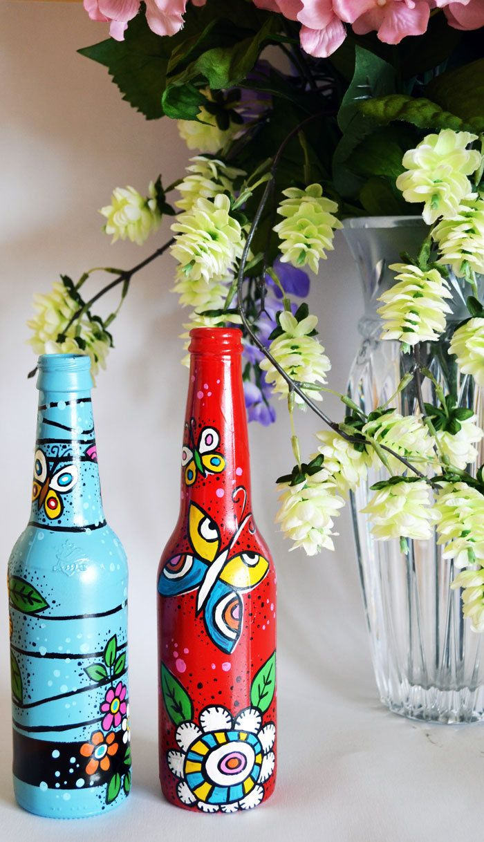 Repainted And Recycled Beer Bottle As Vases Or For Decoration 20 00 Via Etsy Beer Bottle Crafts Painted Beer Bottles Bottles Decoration