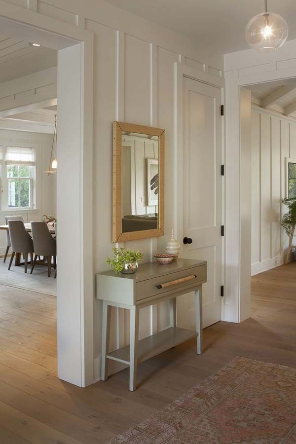 Bright and airy modern farmhouse style in Menlo Park, California #boardandbattenwall
