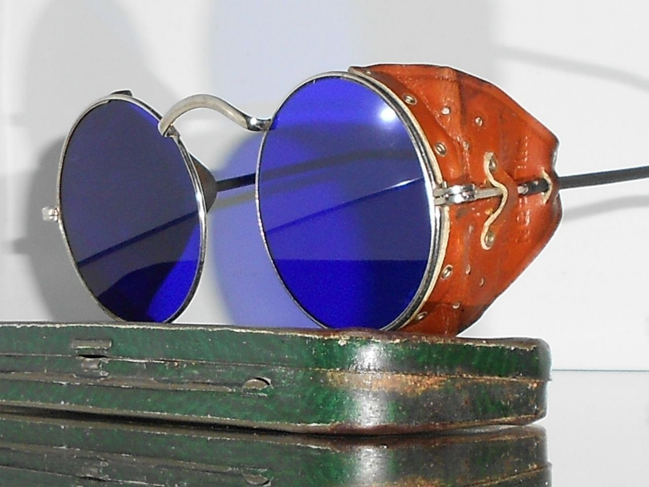 15a97ff799d Goggles Vtg Steampunk Motorcycle Matsuda Antique Safety Sun Glasses w  Shields