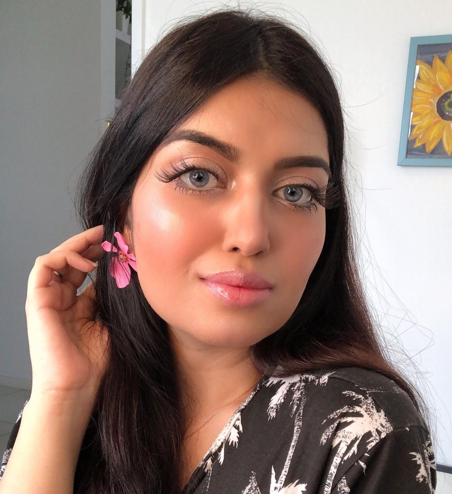 Tiktok Foundation Hack Foundation Tips How To Apply Foundation Everyday Makeup Routine