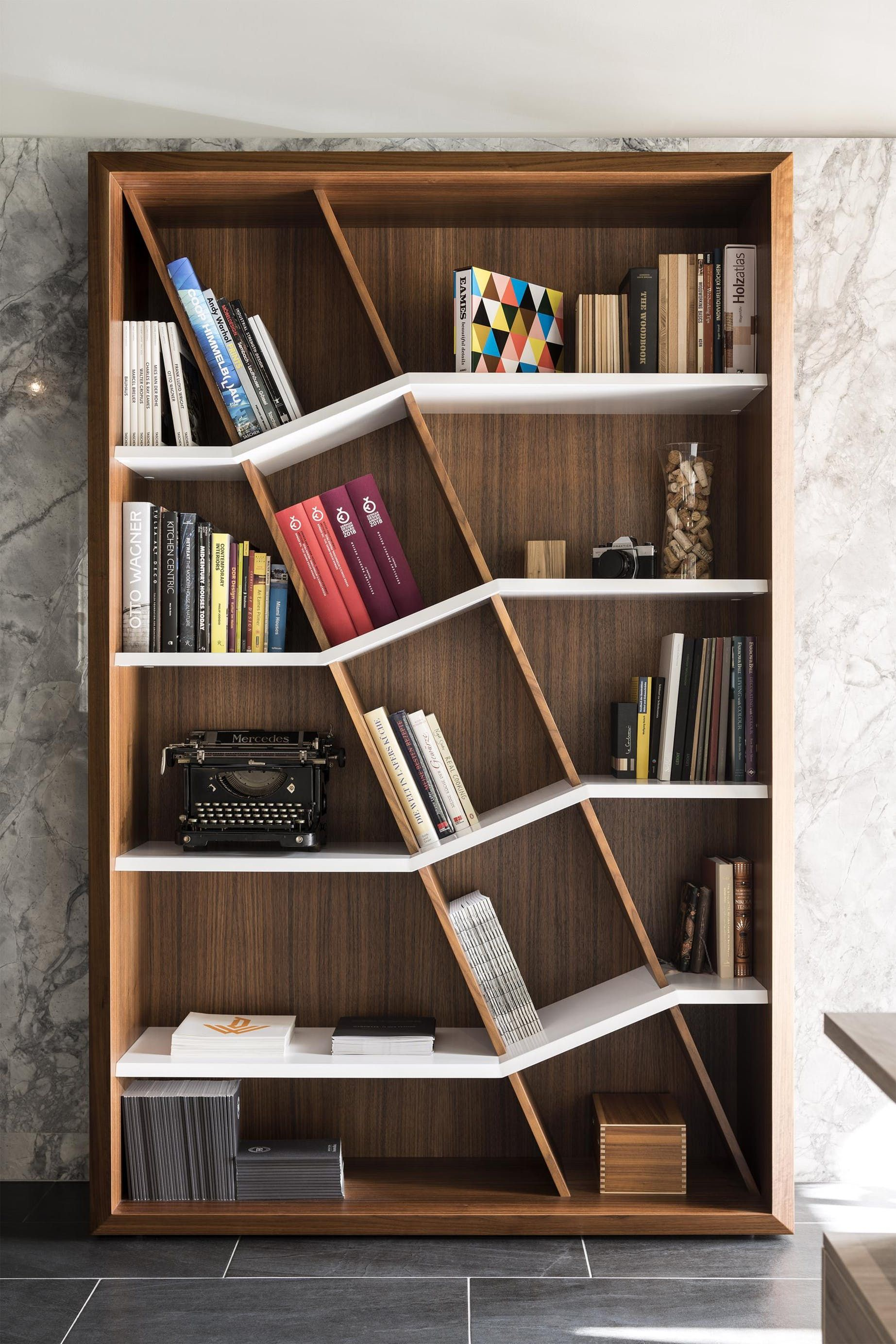 Loculamentum The Revival Of The Classic Bookcase Schwarzmann Llc Archinect En 2020 Muebles Para Libros Decoracion Biblioteca En Casa Diseno De Estanteria