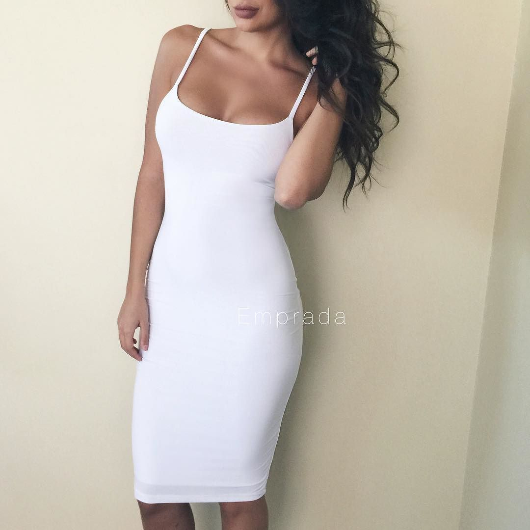 Our 'Deanna Midi Dress' almost sold out in WHITE!  Shop: emprada.comb