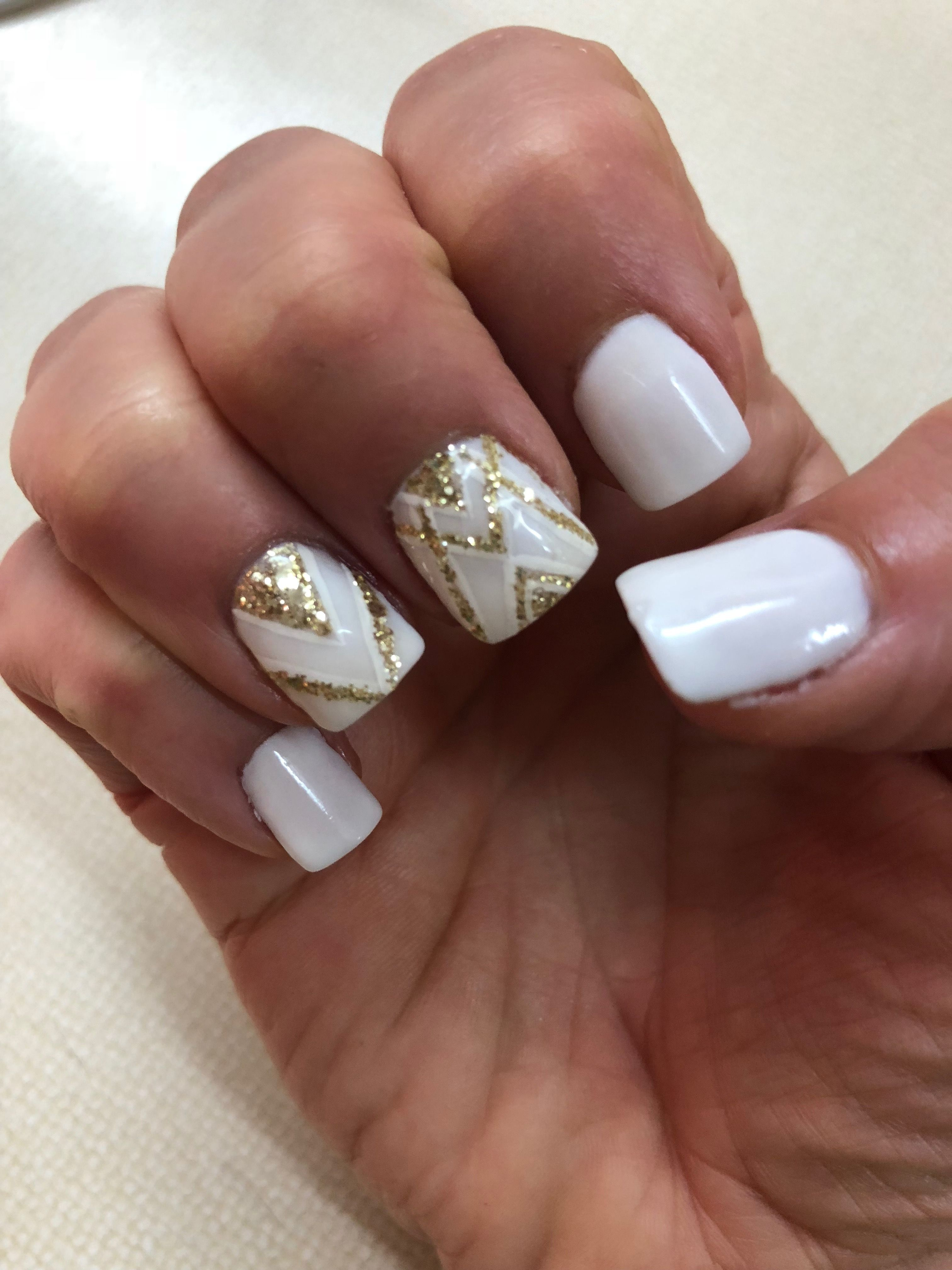 Sns Powder Dipped Nails White Gold Dipped Nails White Nails With Gold Gold Nails