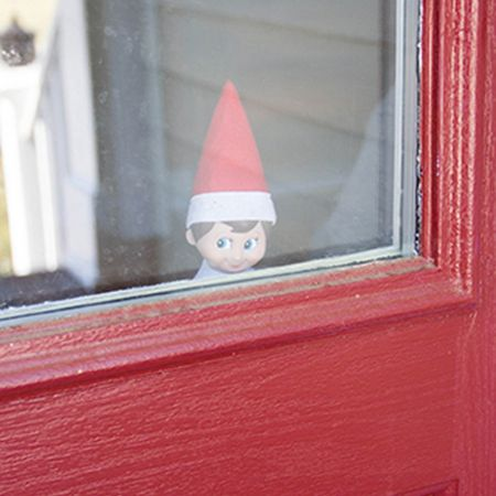 Elf on the Shelf official gallery! LOTS of ideas! And not all super complicated. Really cute stuff