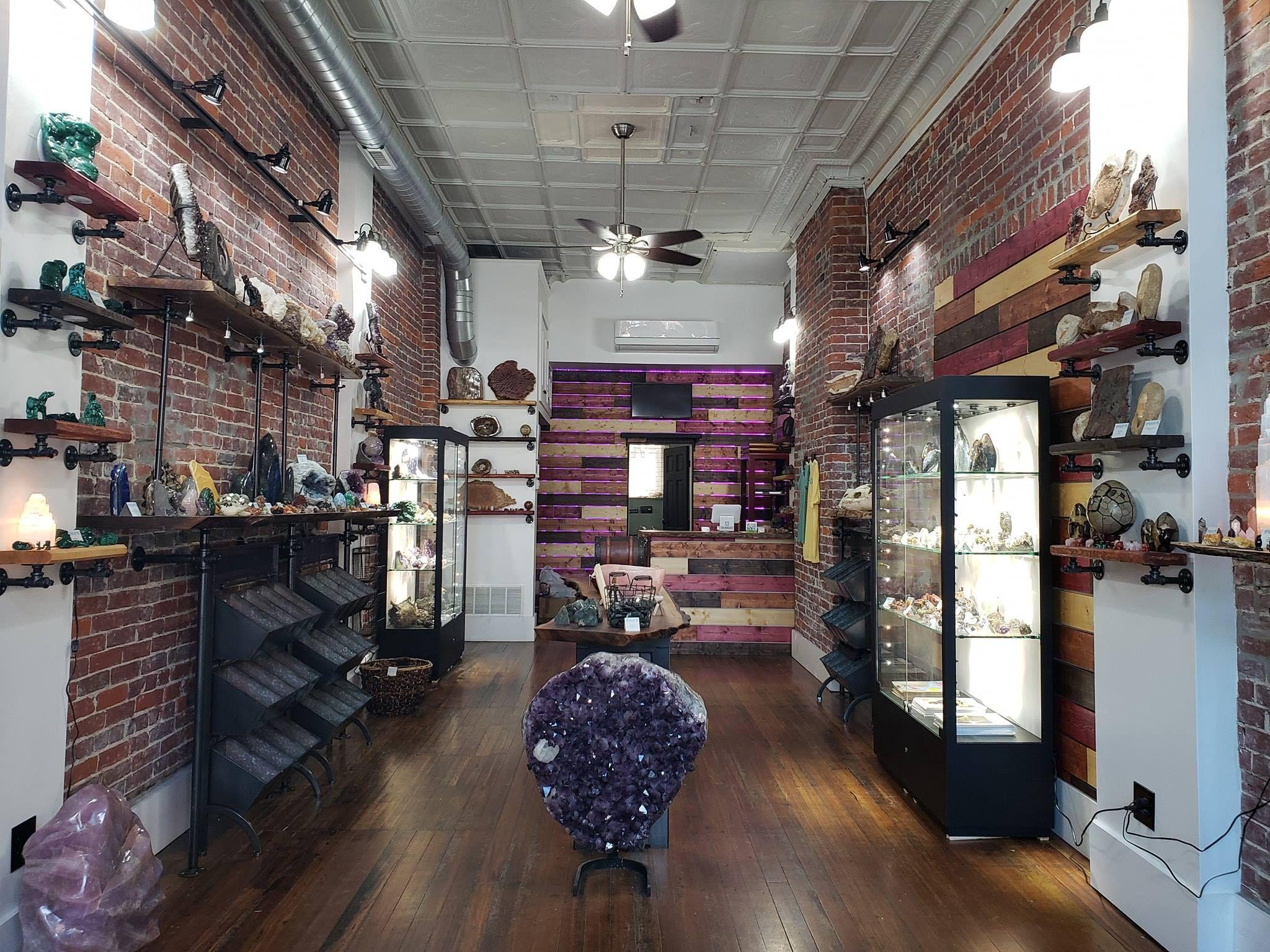 15 New Shops Salons Restaurants Now Open In Lawrenceville